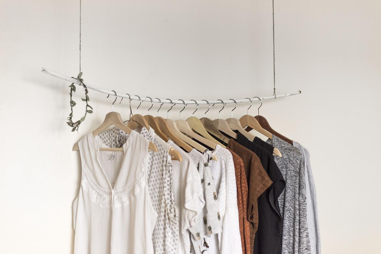 Een frisse wind door je kledingkast